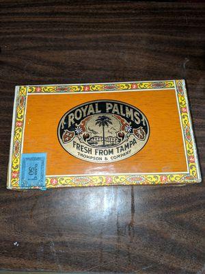 Vintage cigar box for Sale in Prineville, OR