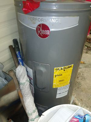 Water heater for Sale in Estero, FL