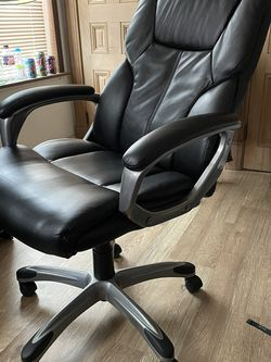 Office Chair - Black for Sale in Pittsburgh,  PA