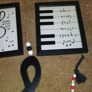 Music Wall Art New Never Hung Them Up for Sale in Bend, OR