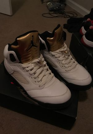 Air jordan 5 high gold coin size 9 for Sale in Germantown, MD