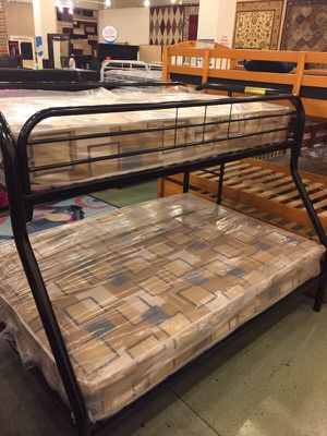 Twin/full black metal bunkbed (mattresses not included) for Sale in St. Louis, MO
