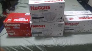 Huggies Little movers Huggies snug & dry and Pampers swaddlers for Sale in Kent, WA