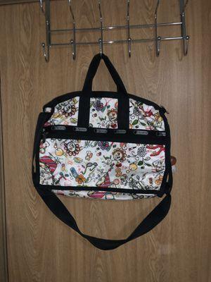 Lesportsac Duffle bag for Sale in Seattle, WA