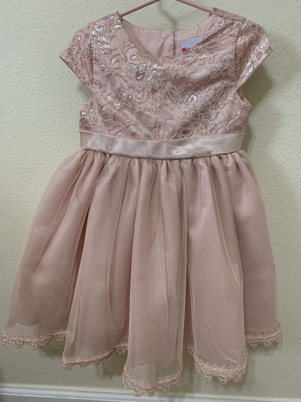 3T Pink And Silver fancy dress - like new! Used once for a small photo shoot.