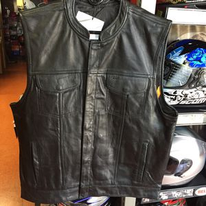 New motorcycle club style leather vest $90 for Sale in Whittier, CA