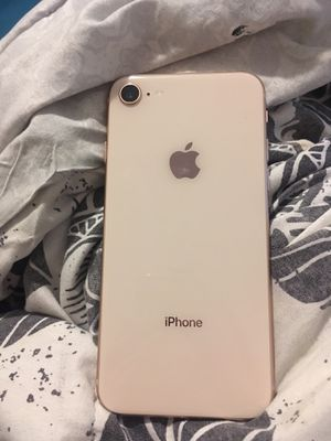 iPhone 8 gold for Sale in Penobscot, ME