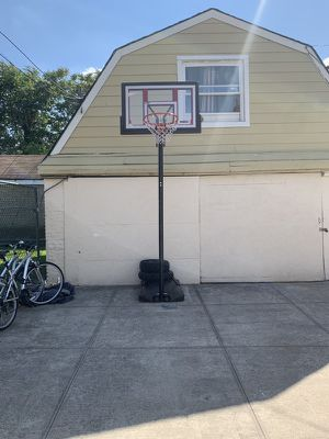 Adjustable Portable Basketball Hoop (48 -inch) for Sale in Brooklyn, NY