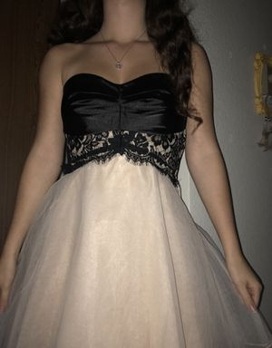 HOMECOMING DRESS for Sale in Everett, WA