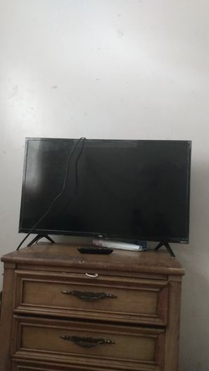 32in Roku smart TV TCL for Sale in Orlando, FL