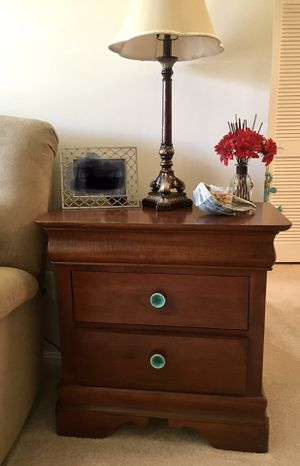 Kincaid solid wood side table for Sale in Falls Church, VA
