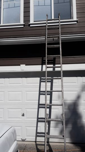 24ft Werner Ladder for Sale in Edgewood, WA