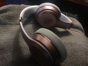 Beats 3 Solo Wireless for Sale in Southfield, MI