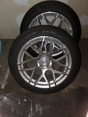 18s with 255 45 18 tires 5x120 for Sale in Elizabeth, NJ