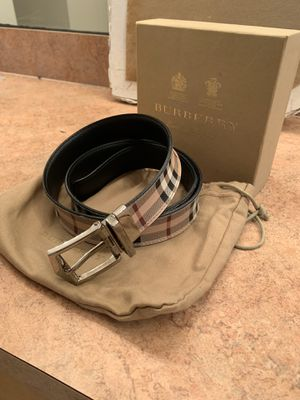 Authentic Reversible Burberry Belt size 33-36 for Sale in Kissimmee, FL