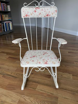 Vintage Child's Rocking Chair for Sale in Midlothian, VA