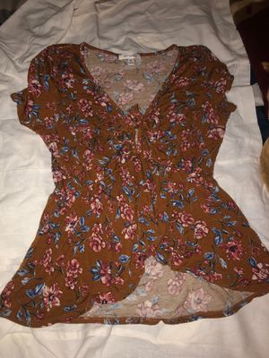 Summer top for Sale in Fresno, CA