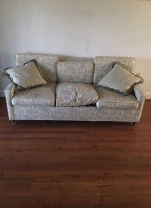 Pull out couch for Sale in Lakeland, FL
