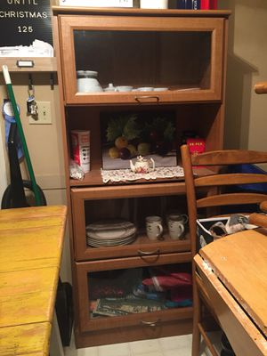 China cabinet for Sale in Lumberton, TX