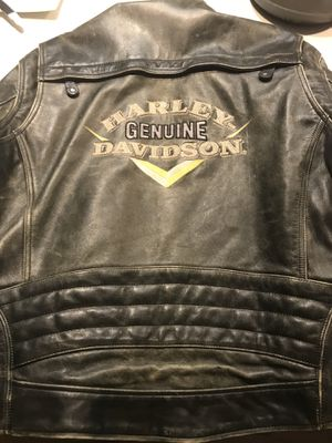 Genuine Harley Davidson Leather Motorcycle jacket. Purchased in 1988. Excellent condition. Size XL. for Sale in Denver, CO