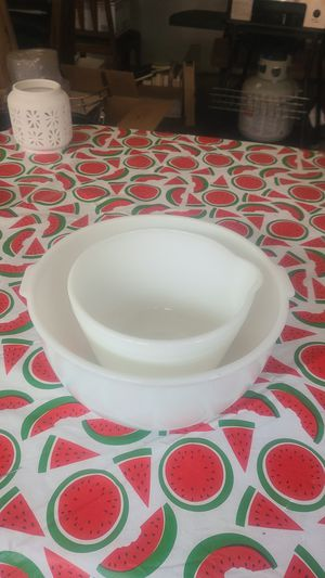 Pyrex mixing bowl set for Sale in The Bronx, NY