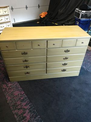 Dresser for Sale in Anaheim, CA