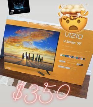 "Vizio 50"" 4K SMART TV for Sale in Warren, MI"