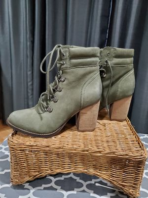 Beautiful olive suade block heel boots. S#7 Steve Madden for Sale in NJ, US