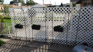 3 flower pots for Sale in Chicago, IL