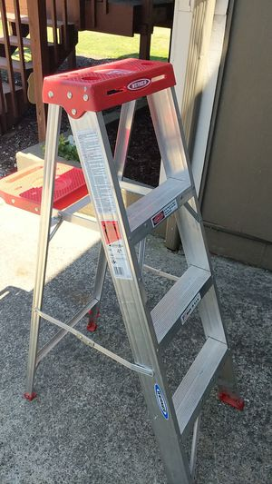 4 Foot Aluminum Ladder for Sale in Renton, WA