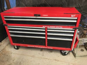 Milwaukee tool box for Sale in Laveen Village, AZ