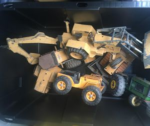 🚜 metal tractor for Sale in Oceanside, CA