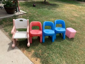 Little kids chairs for Sale in Reedley, CA