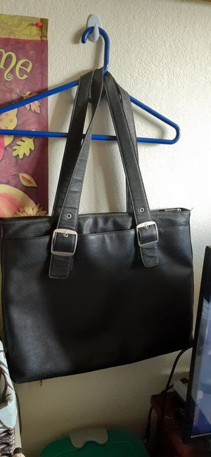SOLO LEATHER TOTE BAG for Sale in Austin, TX