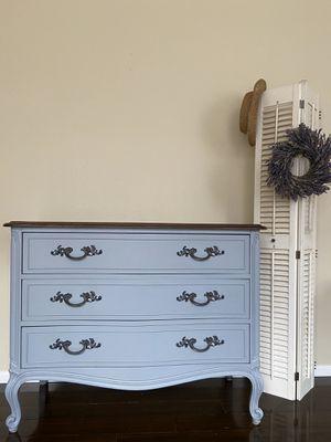 STUNNING medium size dresser / chest on legs / tv stand / nursery / entryway storage for Sale in Portland, OR