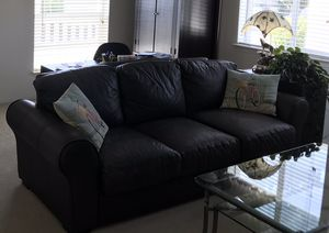 Leather Sofa for Sale in San Jacinto, CA