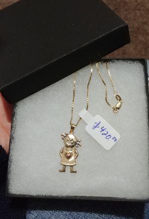 14k solid gold girl chain with pendant/ Cadena de oro de 14k para niña con dijen.. for Sale in Manassas, VA