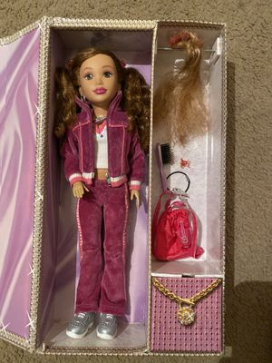DEONDRA DOLL FOR GIRLS $30 for Sale in Garland, TX