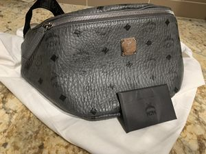 MCM Waist Bag/Belt Bag/Fanny Pack (Large) for Sale in Woodbridge, VA