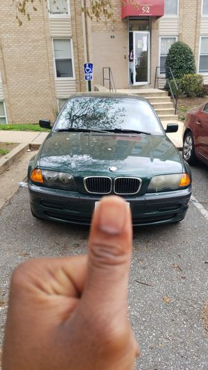 325i runs great for Sale in Washington, DC