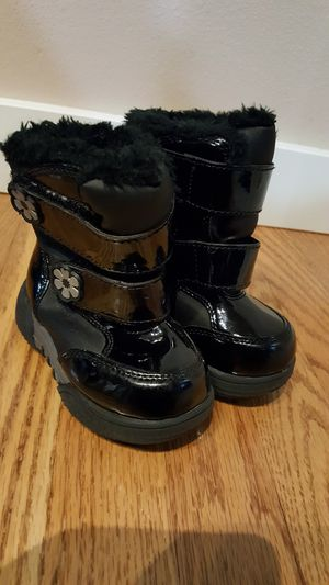 Toddler Girl Boots Size 5 for Sale in Everett, WA