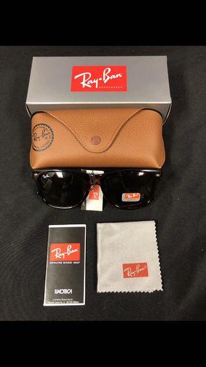 Tortoise wayfarer sunglasses for Sale in Ballwin, MO