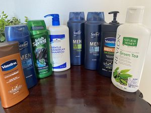 *Pending pickup* Free men's shampoo and lotions for Sale in Aurora, IL