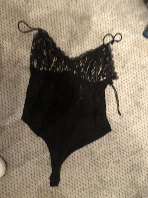 5 bucks medium bodysuit for Sale in Roseville, CA