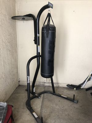 Punching bag for Sale in East Los Angeles, CA
