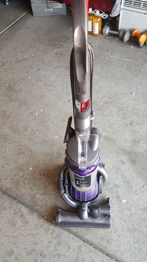 DYSON DC 25 ANIMAL USED NORMAL for Sale in Victorville, CA