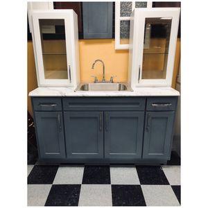 Kitchen cabinets for Sale in Anaheim, CA