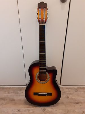 Acoustic Guitar for Sale in Portsmouth, VA