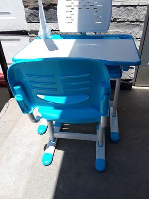 Kids desk for Sale in Whittier, CA