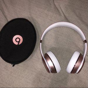 Beats solo wireless 3 for Sale in Magnolia, TX